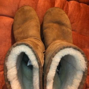UGG Shoes - UGG Classic Short Boot Chestnut 10 Brown EUC